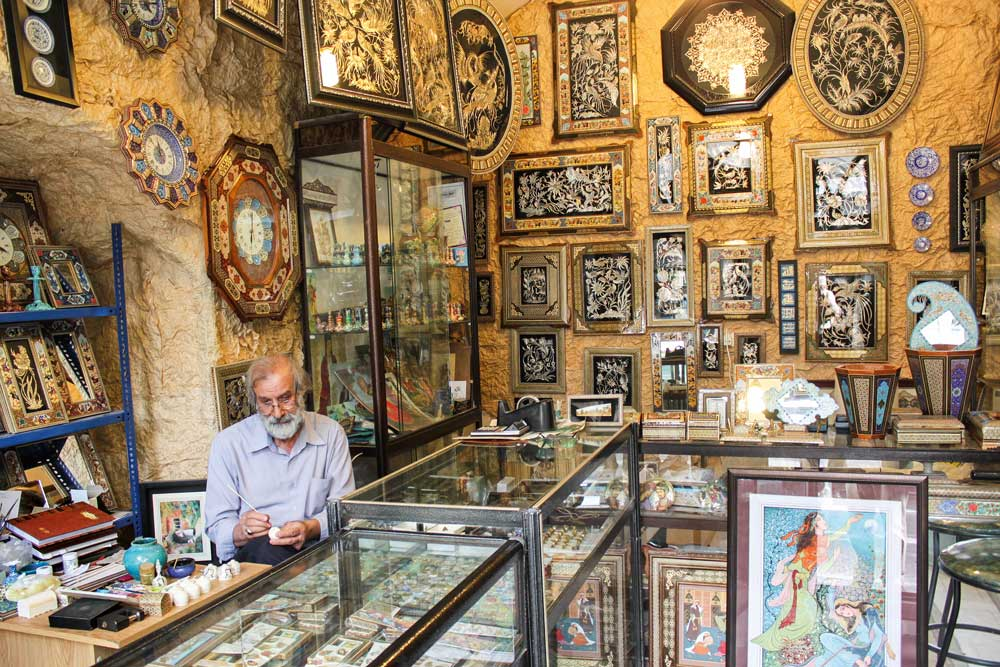 iran-isfahan-grosser-basar-intarsien