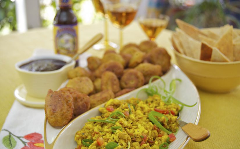 jmaika_saltfishfritters-and-curried-ackee